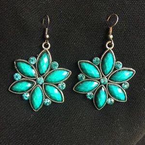 Beautiful star burst earrings